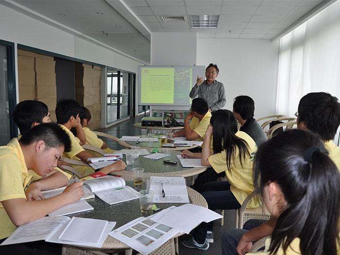 湖北生物科技职业学院实习生培训